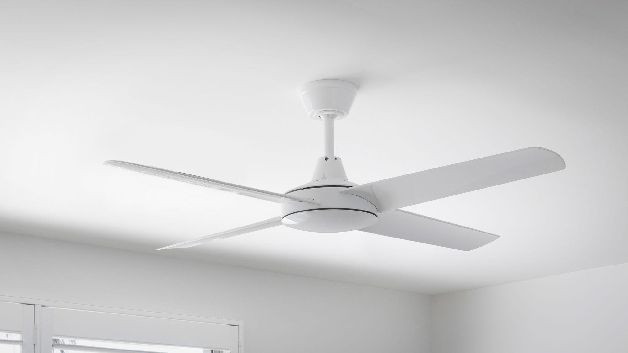 Aspire Ceiling Fan White 4 Wide